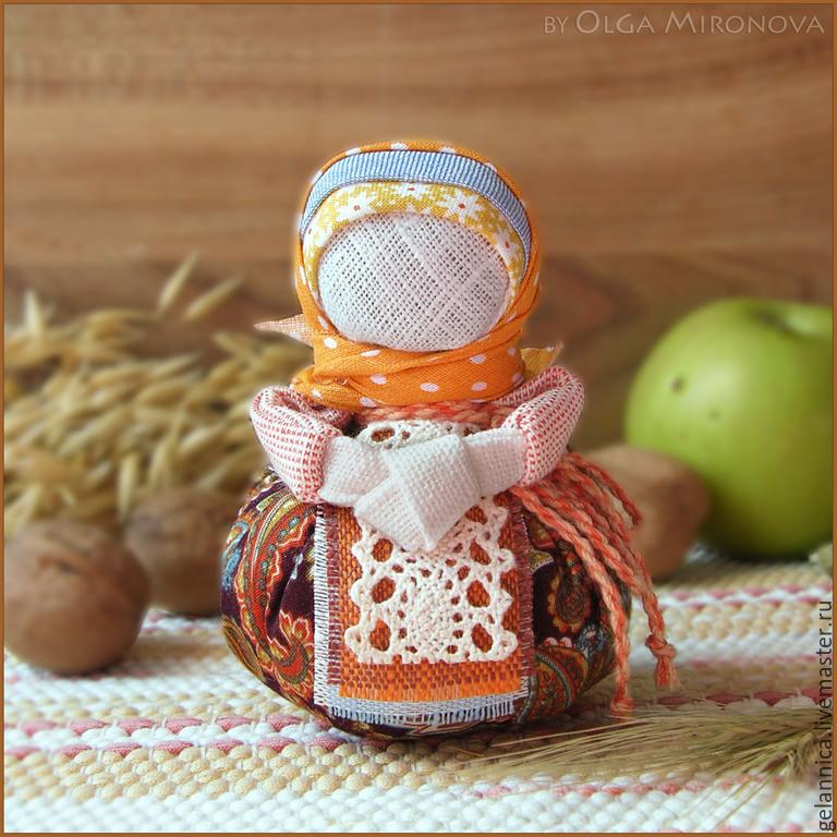 http://cs1.livemaster.ru/storage/82/32/73fe0008b48bf181469f6e1dffmk--kukly-igrushki-blagopoluchnitsa-oberezhnaya.jpg