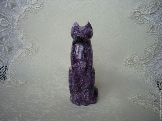 Статуэтки ручной работы. Ярмарка Мастеров - ручная работа. Купить Кошка из чароита. Handmade. Фиолетовый, статуэтка ручной работы, чароит