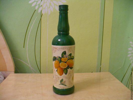 """Декоративная посуда ручной работы. Ярмарка Мастеров - ручная работа. Купить бутылка """"Лимоны"""". Handmade. Тёмно-зелёный, Декупаж, стекло"""
