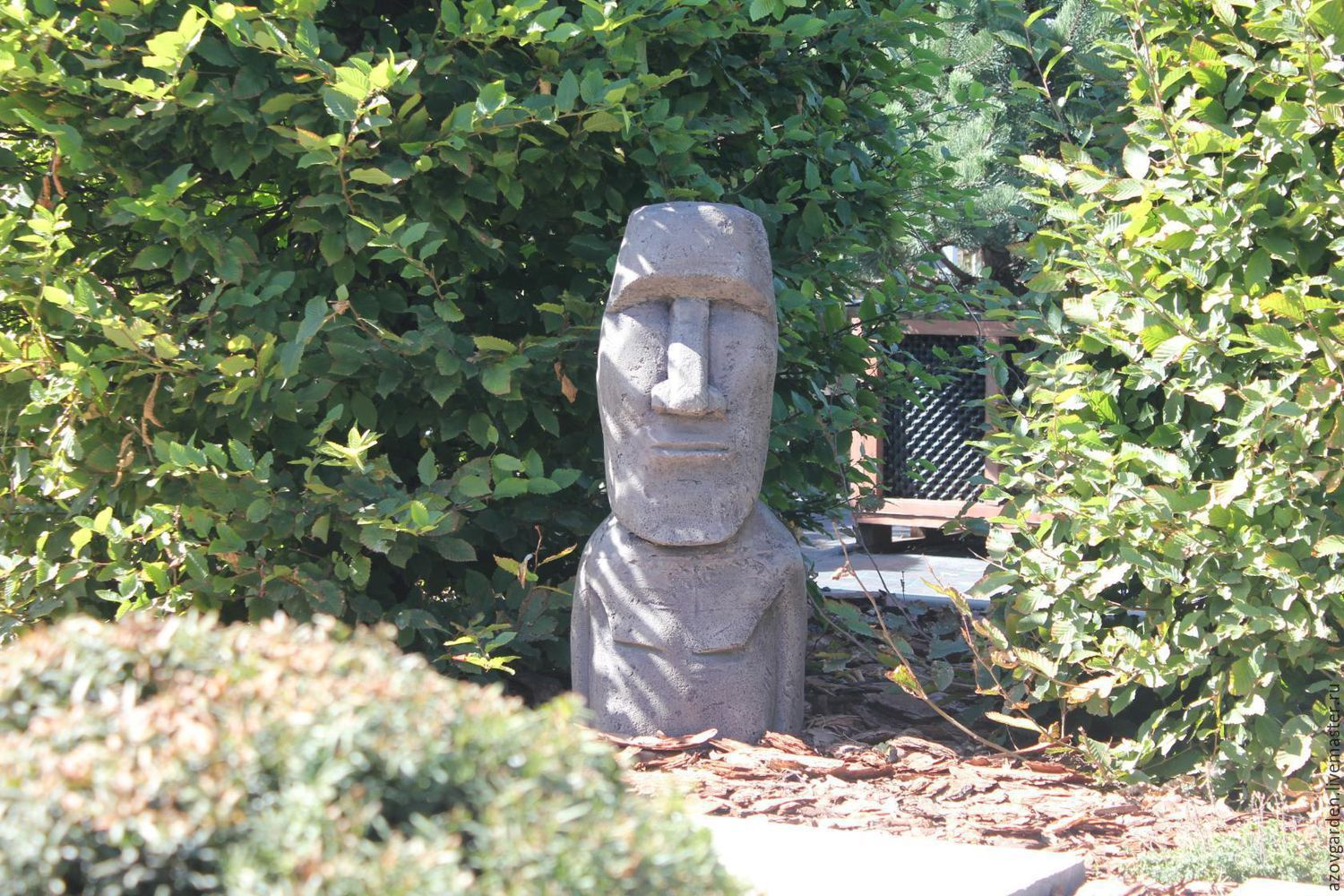 Superieur MOAI Statue From Easter Island Out Of Concrete For Garden ...