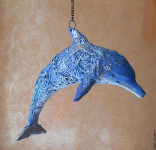 Игрушки животные, ручной работы. Ярмарка Мастеров - ручная работа. Купить Стимпанк-дельфин (фигурка-подвеска, бархатный пластик). Handmade.