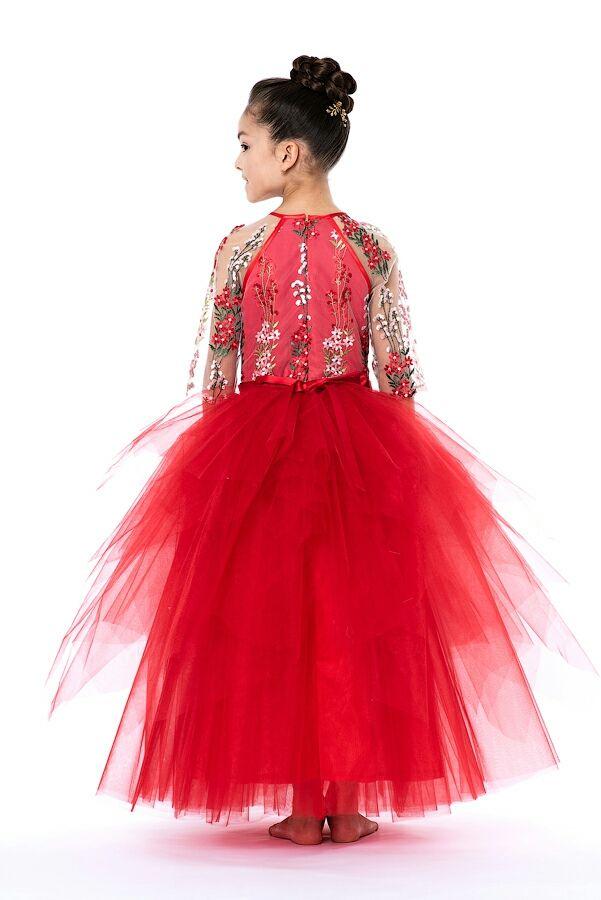 Платье длинное красное с вышивкой