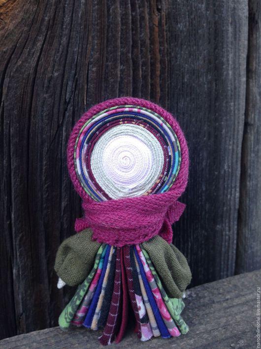 Народные куклы ручной работы, Купить куклу-оберег  Северная берегиня, народные обереги, оберег для дома, оберег для семьи, оберег на благополучие, бордовый, розовый, зеленый, брусничный, синий, хаки