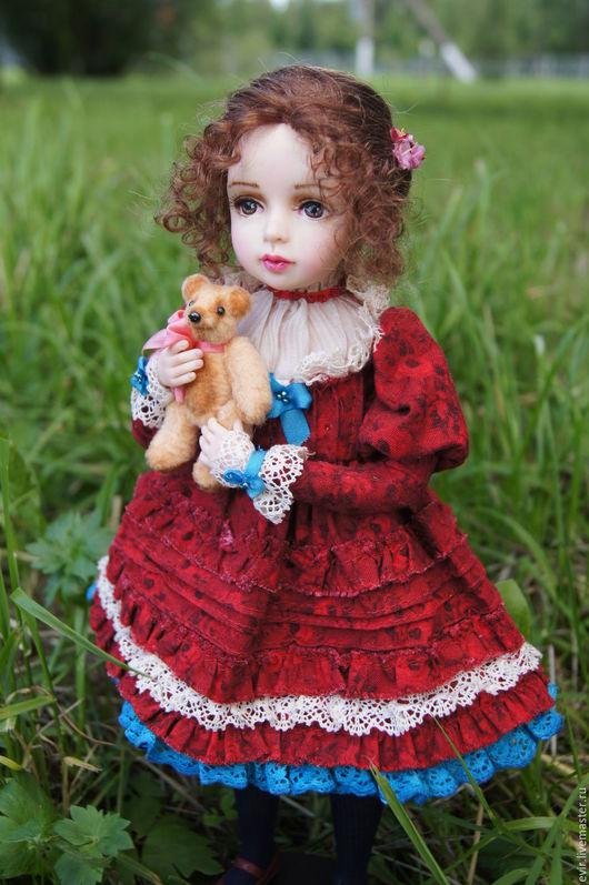 """Коллекционные куклы ручной работы. Ярмарка Мастеров - ручная работа. Купить """"Любимая игрушка"""". Handmade. Бордовый, подарок на любой случай"""