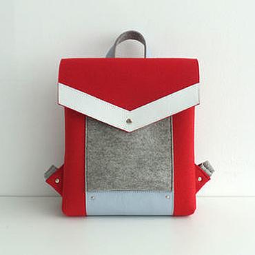 Сумки и аксессуары ручной работы. Ярмарка Мастеров - ручная работа Красный рюкзак из фетра и натуральной кожи. Handmade.