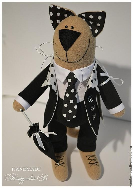 """Игрушки животные, ручной работы. Ярмарка Мастеров - ручная работа. Купить Кот """"Гороховый джентльмен"""". Handmade. Чёрно-белый"""