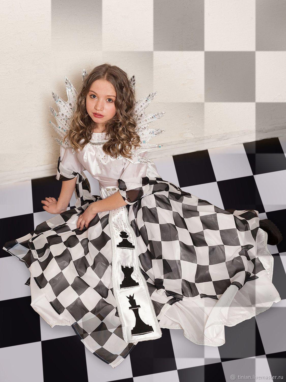 из-за костюм королевы шахмат фото орлиного тебе