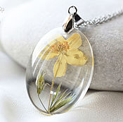 Украшения handmade. Livemaster - original item Transparent pendant made of epoxy resin with yellow flower.Oval pendant. Handmade.