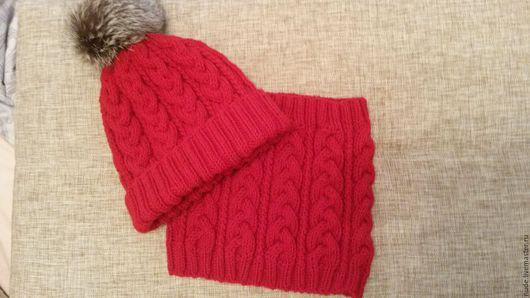Шарфы и шарфики ручной работы. Ярмарка Мастеров - ручная работа. Купить комплект: шапка и снуд. Handmade. Ярко-красный