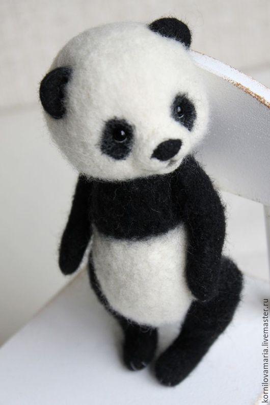 Игрушки животные, ручной работы. Ярмарка Мастеров - ручная работа. Купить Валяная игрушка Панда, 15 см. Handmade.