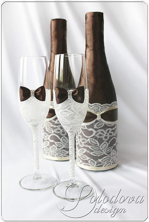В набор свадебных аксессуаров входят: Бокалы 1550р,шампанское1500р , набор свечей 3шт 1600р, подушечка 800р, бокал для денег 1400р.\r\nВозможно изготовление любых, нужных вам аксессуаров в этом стиле