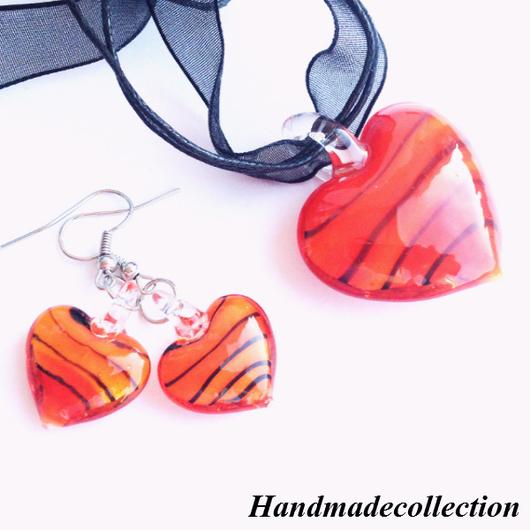 Ярко красный кулон и ярко красные серьги `Валентинка` будет прекрасным подарком любимой на 14 февраля - День Святого Валентина (День всех влюбленных)