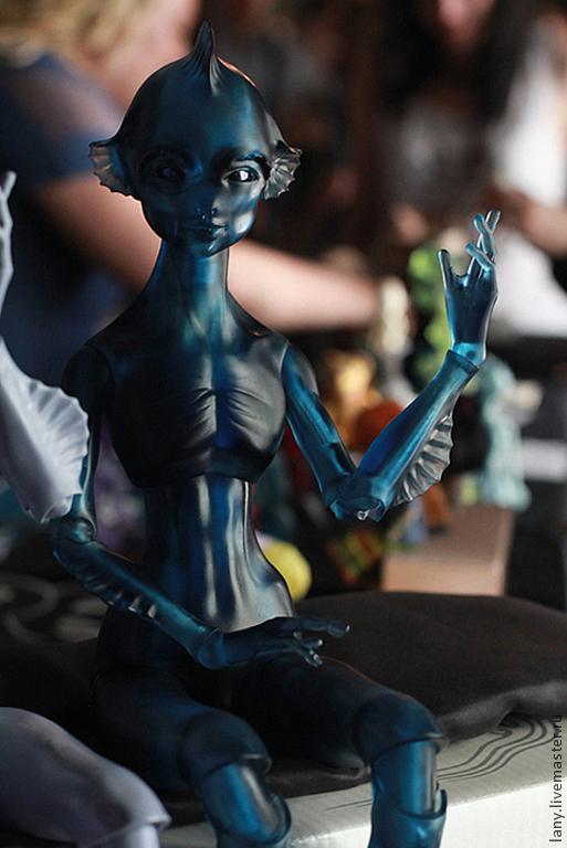 Коллекционные куклы ручной работы. Ярмарка Мастеров - ручная работа. Купить Kios. Инопланетянин. Прозрачный синий. Handmade. Синий, плавники