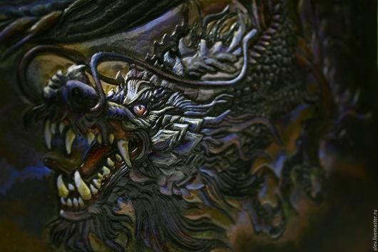 """Женские сумки ручной работы. Ярмарка Мастеров - ручная работа. Купить Авторская сумка с тиснением """"Сердце Дракона"""". Handmade. дракон"""