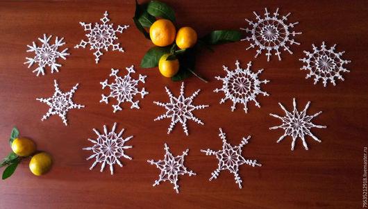 Новый год 2017 ручной работы. Ярмарка Мастеров - ручная работа. Купить Набор из 12 снежинок Зимнее кружево. Handmade. Белый