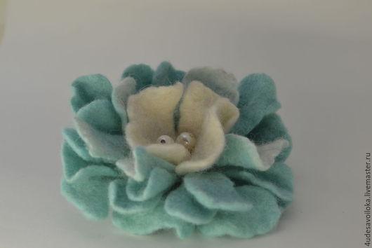 """Броши ручной работы. Ярмарка Мастеров - ручная работа. Купить Брошь """" Мятный Цвет"""". Handmade. Мятный, брошь цветок"""