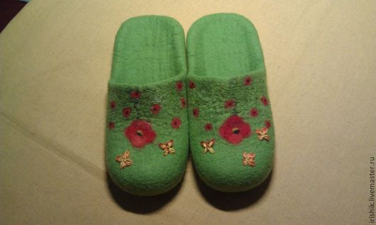 """Обувь ручной работы. Ярмарка Мастеров - ручная работа. Купить Тапочки женские домашние """" В знойном июне МАК"""". Handmade."""