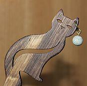 Шпилька ручной работы. Ярмарка Мастеров - ручная работа Деревянная шпилька - кошка. Handmade.