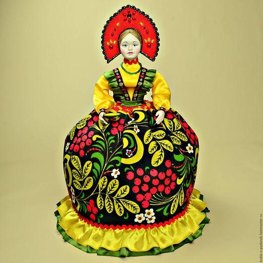 Роспись Золотая Хохлома подарок иностранцу или партнеру по бизнесу. Кукла грелка на чайник ручной работы от мастерской Кукла в подарок, Москва. Доставка Почтой России в регионы и другие страны.