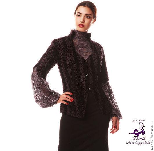 """Верхняя одежда ручной работы. Ярмарка Мастеров - ручная работа. Купить Курточка меховая с укороченным рукавом """"Каракуль"""" фиолет, черный. Handmade."""
