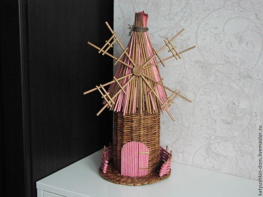 Персональные подарки ручной работы. Ярмарка Мастеров - ручная работа. Купить Упаковка для бутылки из бумажной лозы Мельница розовая. Handmade.
