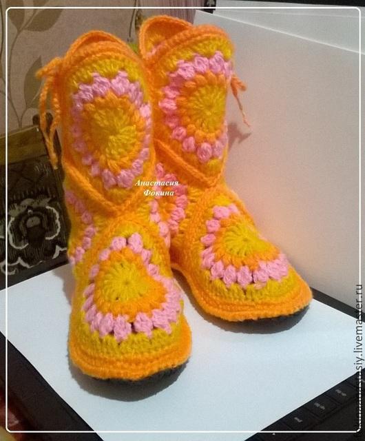 """Обувь ручной работы. Ярмарка Мастеров - ручная работа. Купить Сапожки домашние """"Апельсиново-Лимонные"""". Handmade. Сапожки, сапожки вязаные"""