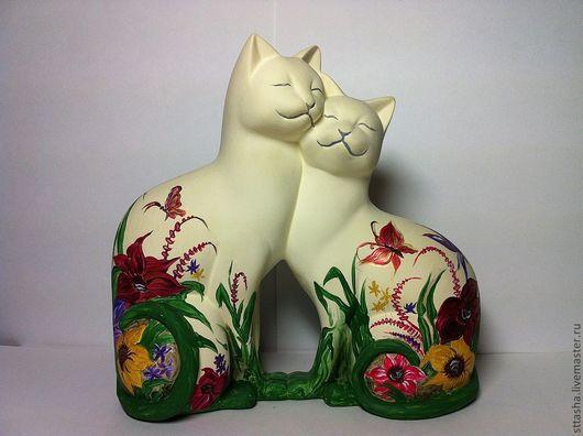 Роспись по камню ручной работы. Ярмарка Мастеров - ручная работа. Купить весенне-летние кошки. Handmade. Фигурка, любовь, пара