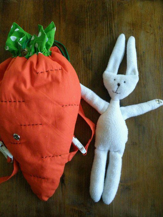 """Рюкзаки ручной работы. Ярмарка Мастеров - ручная работа. Купить Детский рюкзак """"Морковка с зайцем"""". Handmade. Морковка, обнимашки, синтепон"""