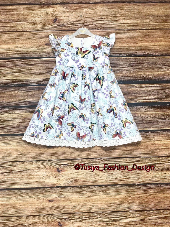 Детское платье с кружевом