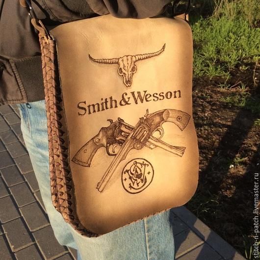 """Сумки и аксессуары ручной работы. Ярмарка Мастеров - ручная работа. Купить Сумка """"Smith & Wesson"""" натуральная кожа. Handmade."""