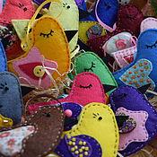 Елочные игрушки ручной работы. Ярмарка Мастеров - ручная работа Птички из фетра на ёлку. Ёлочные игрушки из фетра. Handmade.