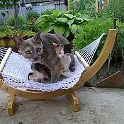 Для домашних животных, ручной работы. Ярмарка Мастеров - ручная работа Гамак со стойкой для кошки. Handmade.