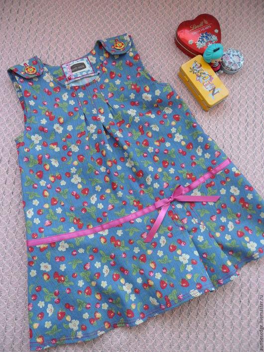 """Одежда для девочек, ручной работы. Ярмарка Мастеров - ручная работа. Купить Сарафан джинсовый для девочки """"Цветочки и ягодки"""". Handmade. Голубой"""