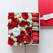 Цветы и флористика ручной работы. Ярмарка Мастеров - ручная работа Цветочная коробочка с розами и хлопком. Handmade.