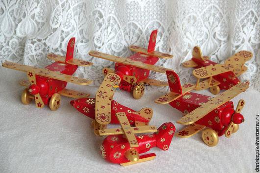 """Новый год 2017 ручной работы. Ярмарка Мастеров - ручная работа. Купить Самолеты из коллекции """"RED&GOLD"""". Handmade. Самолет, елочная игрушка"""