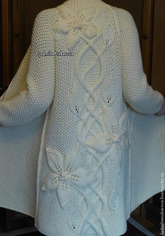 """Верхняя одежда ручной работы. Ярмарка Мастеров - ручная работа. Купить Пальто """"Белый Клематис"""". Handmade. Белый, пальто из шерсти"""