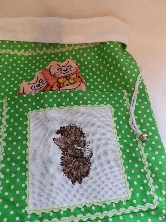 Детская ручной работы. Ярмарка Мастеров - ручная работа. Купить Мешок для детской пижамы. Handmade. Зеленый, Мешок для хранения, вышивка