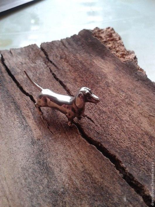 Миниатюрные модели ручной работы. Ярмарка Мастеров - ручная работа. Купить статуэтка собаки Такса. Handmade. Серебряный, такса