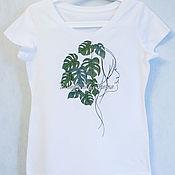 """Футболки ручной работы. Ярмарка Мастеров - ручная работа Женская футболка """"Девушка в зеленых листьях"""". Handmade."""