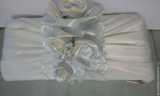 Сумочка-клатч для невесты и просто для романтического вечера Цветовая гамма по желанию заказчика