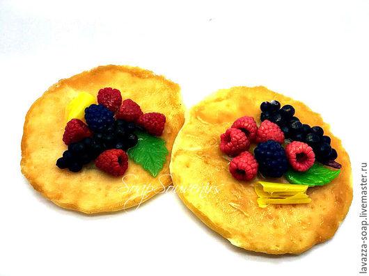 Мыло ручной работы. Ярмарка Мастеров - ручная работа. Купить Мыло Блинчик с ягодами. Handmade. Блин, шоколад, мыло в подарок