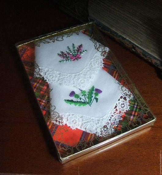Носовые платочки ручной работы. Ярмарка Мастеров - ручная работа. Купить Набор вышитых  платочков с кружевом. Handmade. Белый