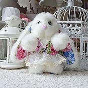 Куклы и игрушки ручной работы. Ярмарка Мастеров - ручная работа Зайка в платьице. Handmade.