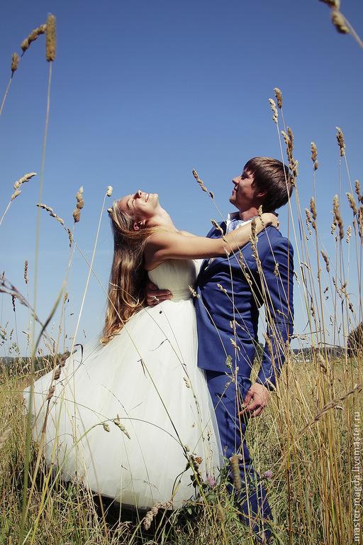 Кремовое платье свадебное фото