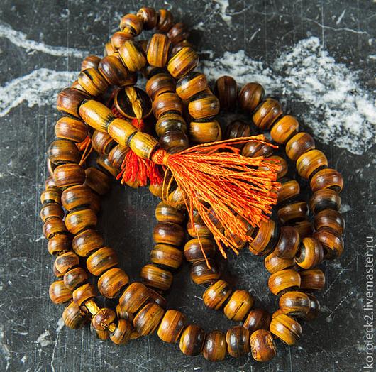 Для украшений ручной работы. Ярмарка Мастеров - ручная работа. Купить Антикварные бусины из золотистого рога тибетского яка, 12 мм. Handmade.