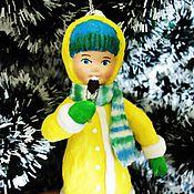 Подарки к праздникам ручной работы. Ярмарка Мастеров - ручная работа Ватная елочная игрушка - девочка с мороженым. Handmade.