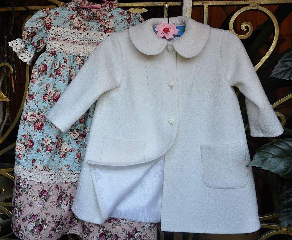 """Одежда для девочек, ручной работы. Ярмарка Мастеров - ручная работа. Купить Пальто """"Белоснежка"""". Handmade. Белый, К Новому Году"""