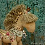 Нарядная лошадка