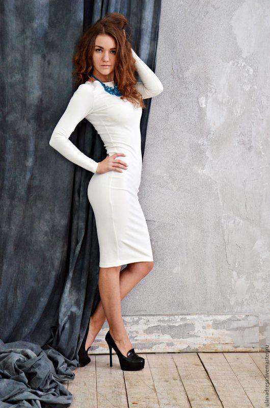 платье по фигуре, приталенное платье.