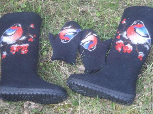 Обувь ручной работы. Ярмарка Мастеров - ручная работа. Купить валенки +варежки  Снегириная тема. Handmade. Черный, женская обувь